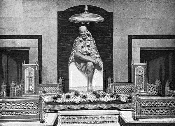 Osho on Sai Baba's tomb