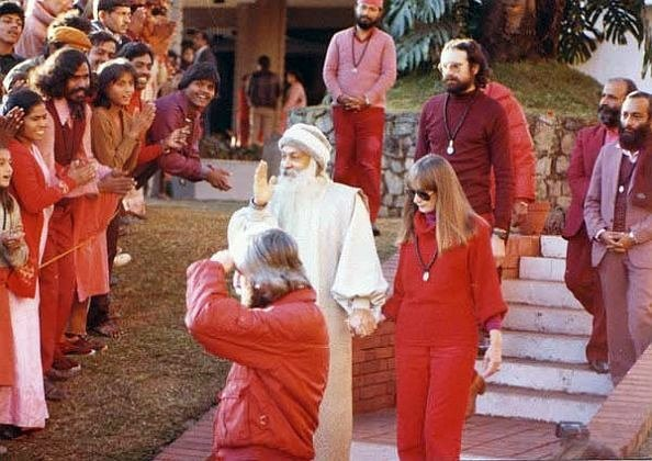 Osho story on crowd individuals